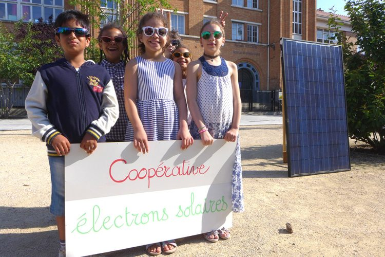 electrons-solaires-enfants-cooperative