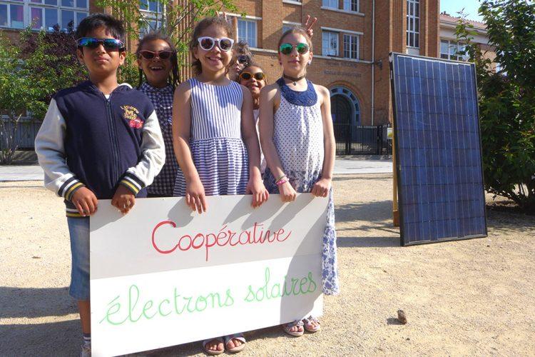 electrons-solaires-enfants-cooperative